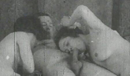 Un hombre convence a una videos swinger reales caseros chica para hacer porno