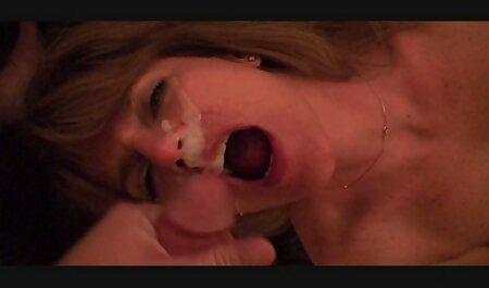 La chica, el más entusiasmo de videos de sexo swingers la pared