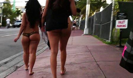 Dos amigos gays teniendo sexo en la calle petardas swinger