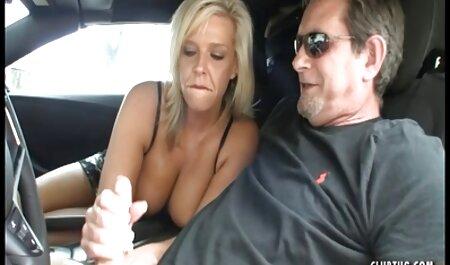 Una chica con un tatuaje siempre atrae a dos swinger porno casero chicos al mismo tiempo