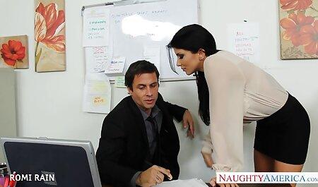 Un estudiante que está porn swingers hd lleno de pasión por su madre