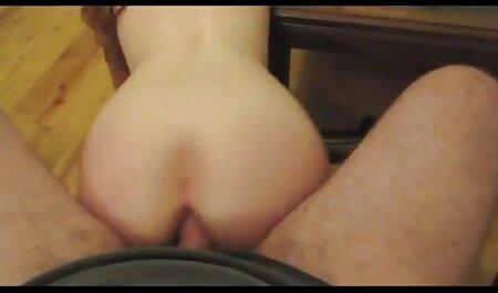 Dos hombres porno swinger intercambio de parejas negros follando a una hermosa mujer