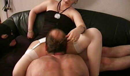 Ruso porno: hombre sexo swinger amateur xxx con chica en la cocina