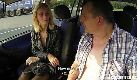 Mamá con tatuaje en una manta rosa, anal con máquina de videos montse swinger sexo